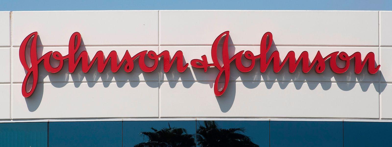 Johnson & Johnson avait commencé à recruter des volontaires pour participer à la phase 3 des essais cliniques de ce nouveau vaccin.