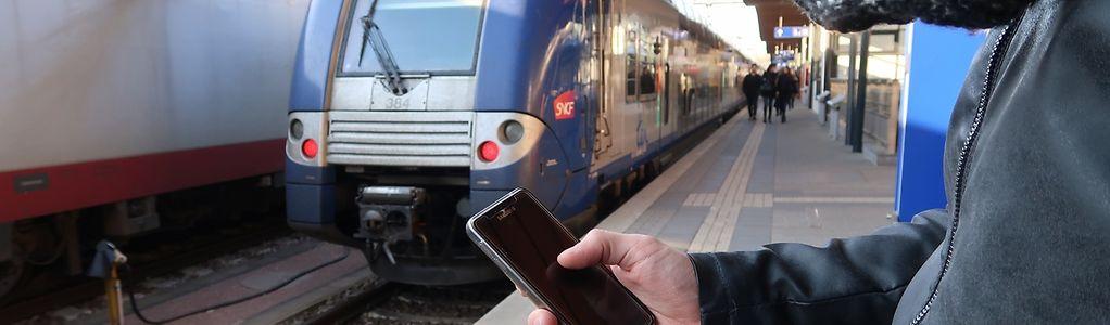 Les frontaliers vont pouvoir suivre l'info en direct sur Twitter grâce, cette fois-ci, à la SNCF.