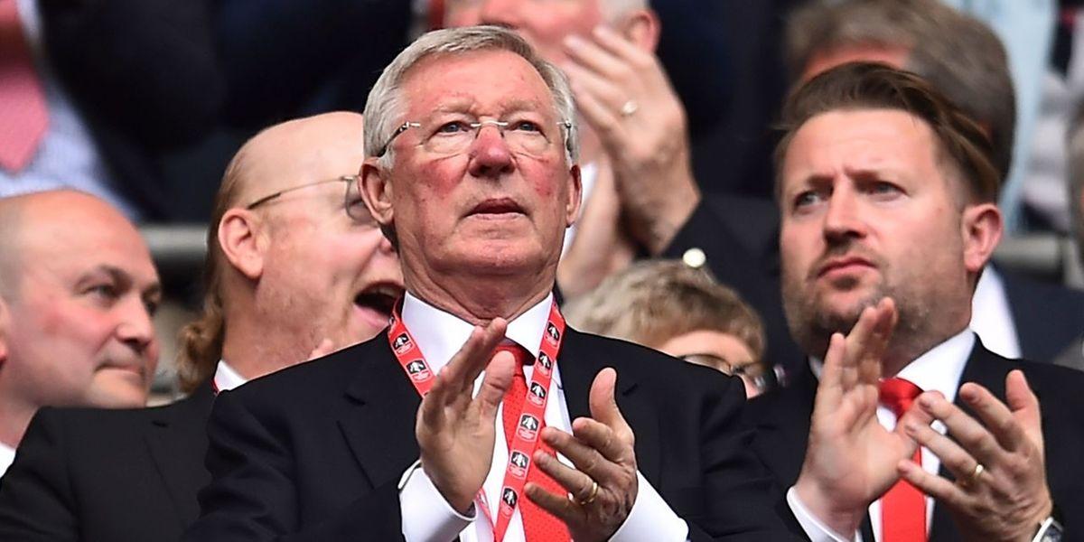 L'intervention s'est bien passée mais Sir Alex Ferguson est désormais en soins intensifs.