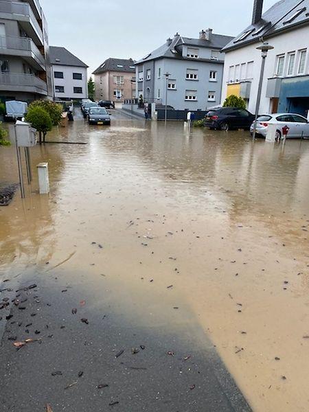 Auch in der Cité Henri Grey stieg das Wasser rasant an.