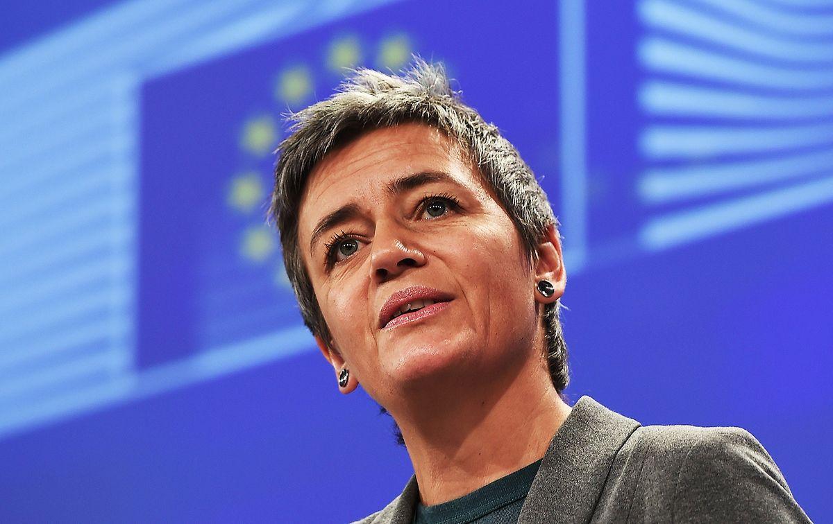 Wettbewerbskommissarin Margrethe Vestager fordert rund 700 Millionen von 35 multinationalen Unternehmen zurück, die von einer belgischen Steuerregelung zu Gewinnüberschüssen profitiert hatten.