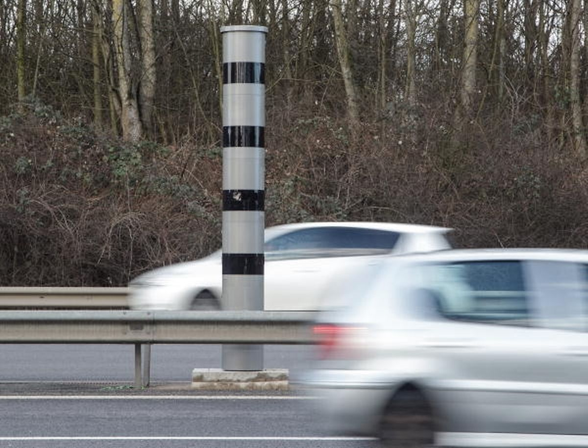 Dass überhöhte Geschwindigkeit als Ursache für schwere Unfälle zurückggegangen ist, sei positiv zu bewerten, erklärte Infrastrukturminister François Bausch. Alles in allem sei das verbesserte Resultat aber auf das Zusammenspiel von mehreren Maßnahmen zurückzuführen.