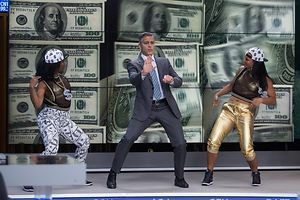 """George Clooney dança em """"Money Monster"""", de Jodie Foster, apresentado na selecção oficial, fora de competição"""