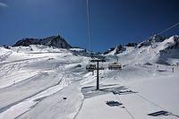 16.03.2020, �sterreich, Neustift Stubaital: Ein Blick auf die H�nge am Stubaier Gletscher in Tirol. �sterreich will in den n�chsten Tagen zun�chst auf weitere Versch�rfungen der Regeln im Kampf gegen das Coronavirus verzichten. Foto: Sachelle Babbar/ZUMA Wire/dpa +++ dpa-Bildfunk +++