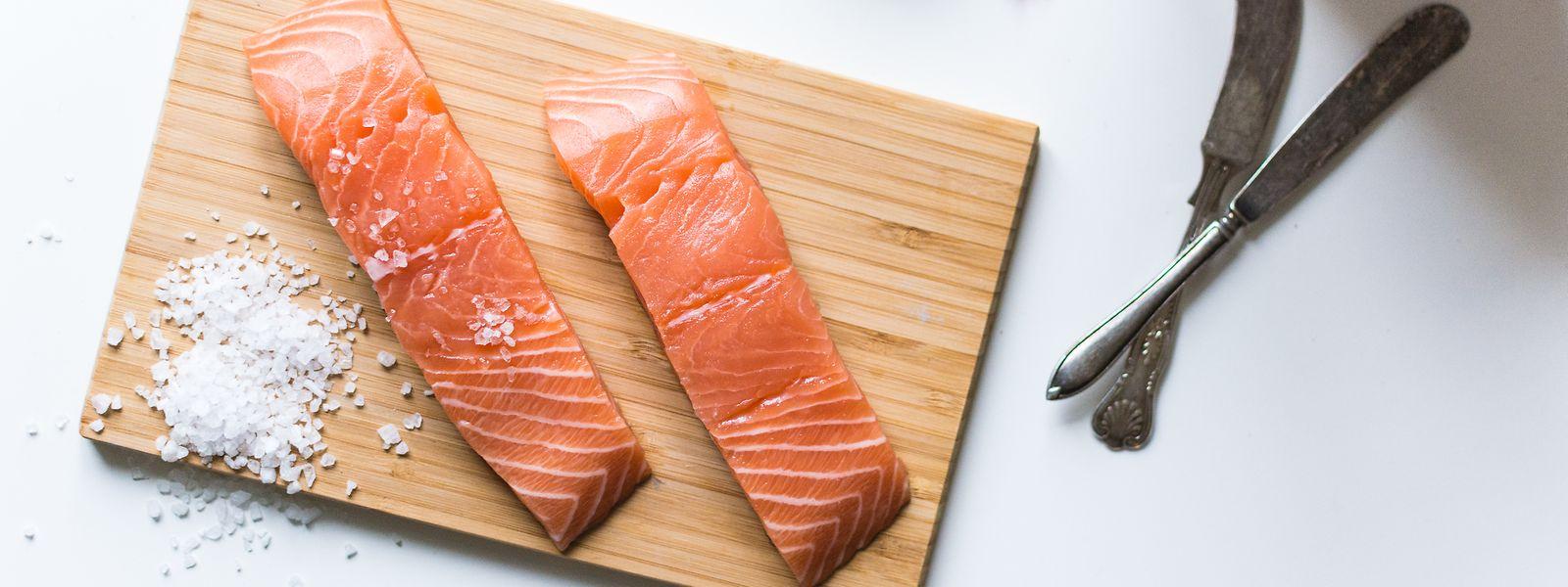 Fischsorten wie Lachs stehen für viele Menschen in Luxemburg ganz oben auf dem Speisezettel.