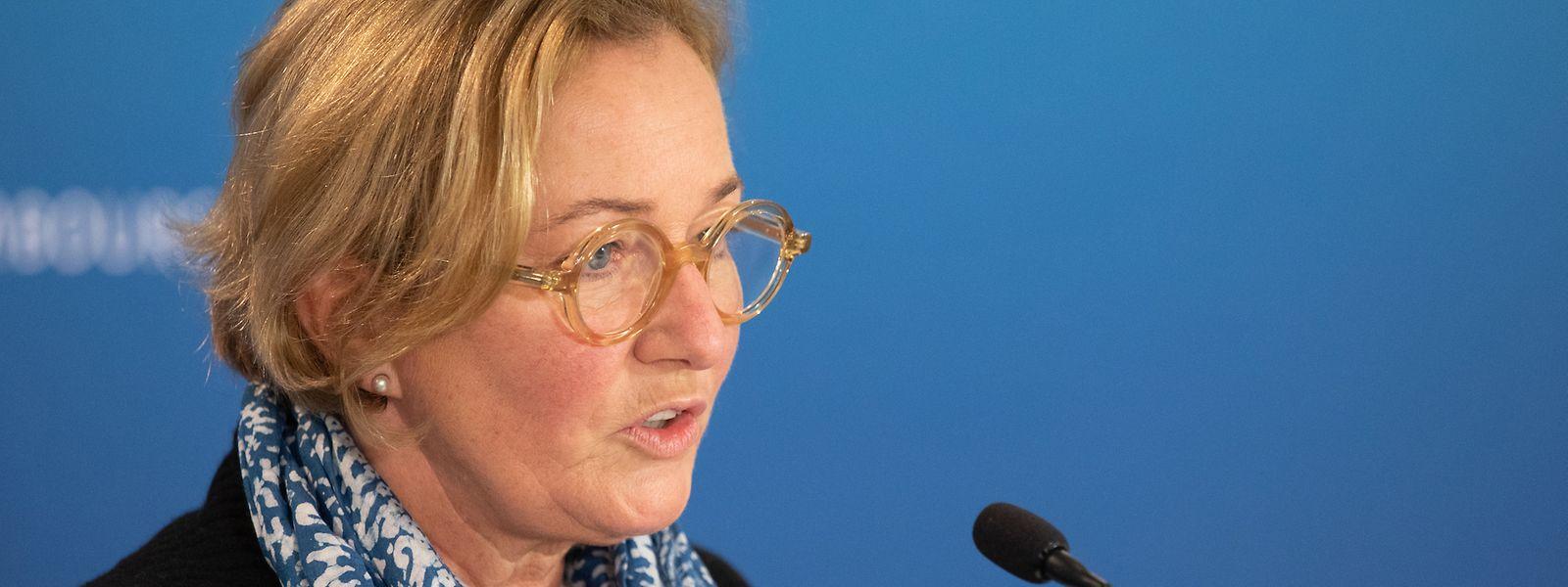 Face à l'ampleur de la deuxième vague Paulette Lenert pourrait annoncer de nouvelles restrictions, trois jours après l'annonce de la mise en place d'un couvre-feu.