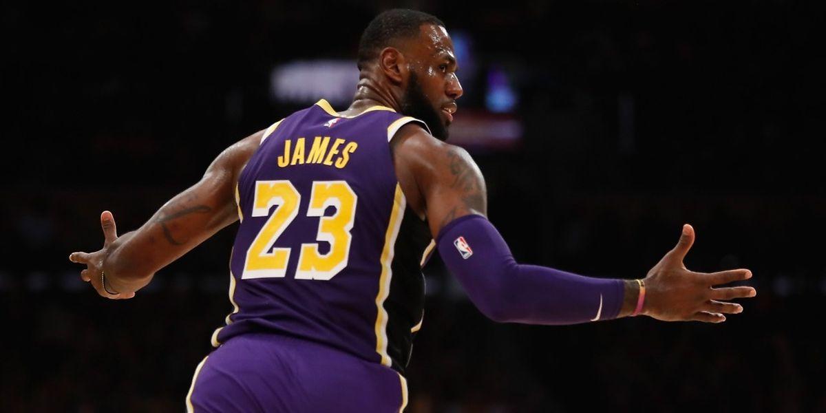 Avec LeBron James, les Lakers ont mis fin à une série de seize défaites consécutives face à Portland.