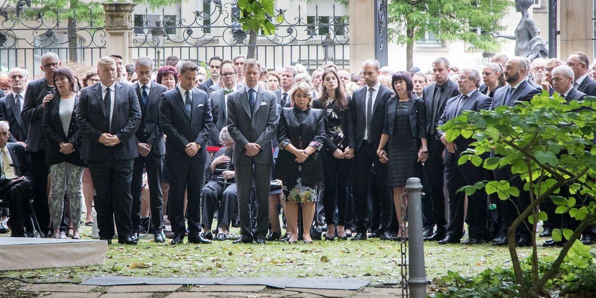 Die offizielle Gedenkfeier an Camille Gira fand am Samstagmorgen im Hof des früheren Außenministeriums statt.