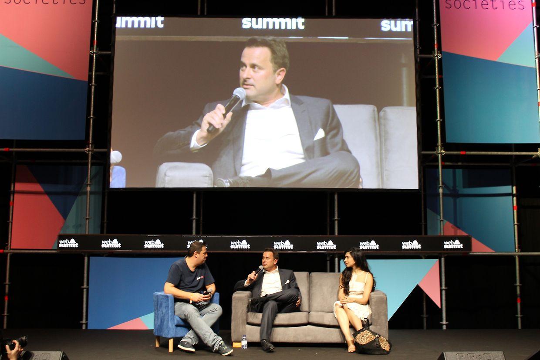 Robin Wauters, animateur de la discussion, Xavier Bettel, Shiza Shahid, fondatrice de NOW Ventures