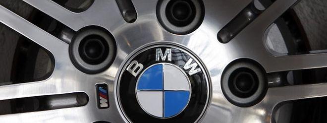 Der BMW-Konzern steht wegen Kartellvorwürfen in der Kritik. EU-Behörden haben Büros des Münchner Autoherstellers bereits durchsucht.