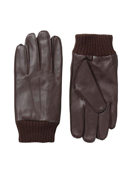 Lederhandschuhen von COS, um 69 Euro.