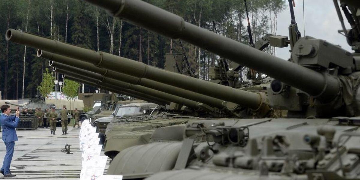 300.000 soldats et 36.000 véhicules sont mobilisés pour ces manoeuvres sans précédent en Russie.
