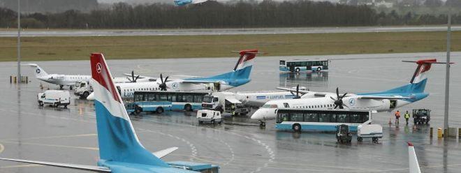 Der Staat ist gewillt, das Aktien-Paket der Lufthansa zu übernehmen.