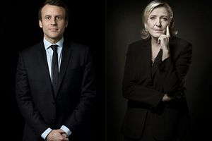 A combination of pictures made on April 23, 2017 shows French presidential election candidate for the En Marche ! movement Emmanuel Macron (L) and French presidential election candidate for the far-right Front National (FN) party Marine Le Pen posing in Paris. / AFP PHOTO / Eric Feferberg AND Jo�l SAGET