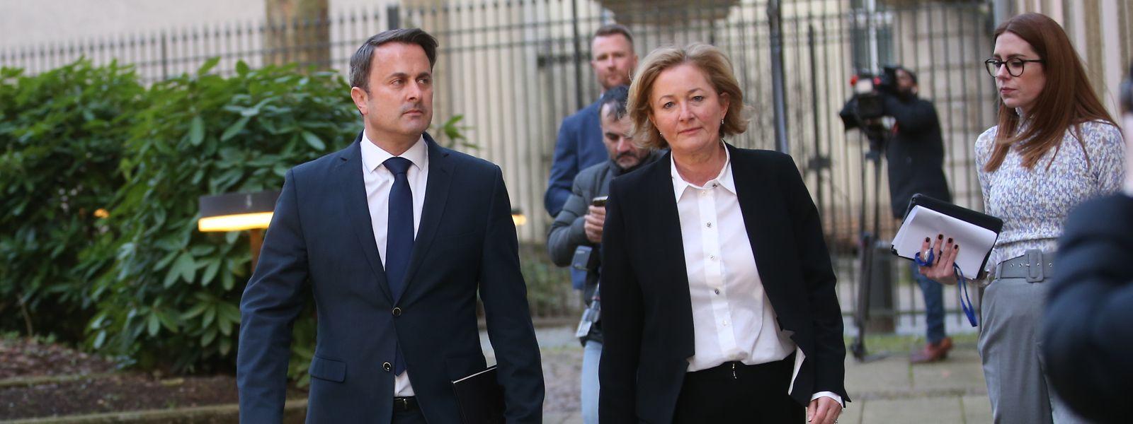 Xavier Bettel et Paulette Lenert, dimanche soir, ont annoncé la fermeture des restaurants et des cafés afin de «prévenir la propagation du virus»