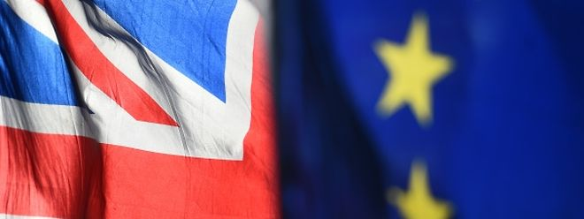La tâche de Mme May s'annonce difficile, de son propre aveu, tant les Européens ont répété à l'envi que l'accord de retrait, que les 27 et le gouvernement britannique ont entériné fin novembre, n'était «pas ouvert» à la renégociation.