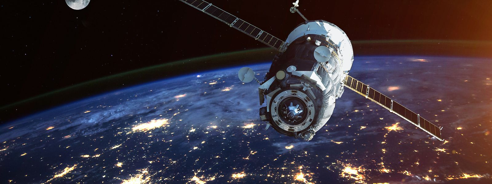 Outre la question budgétaire, le nouveau satellite militaire pose la question des choix réalisés par le ministère de la Défense.