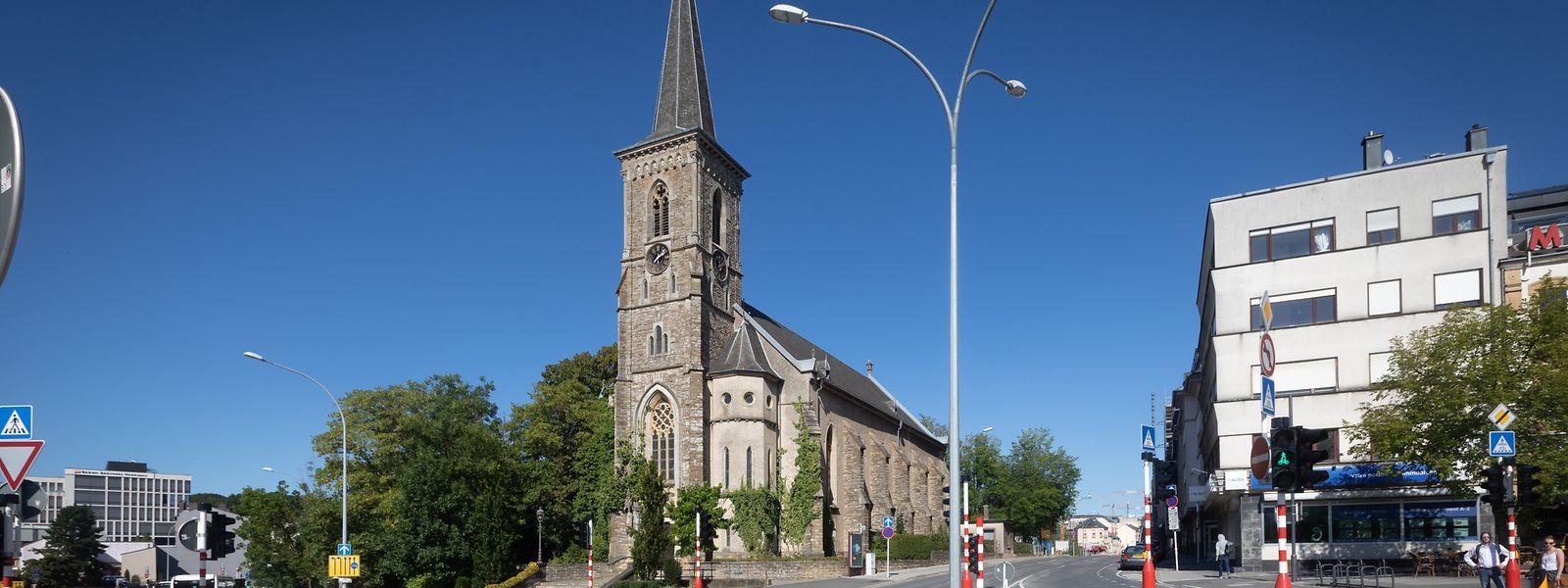 Die Kirchenfabrik von Hollerich und die Vereinigung Saints Pierre et Paul werden beschuldigt, Mieteinnahmen nicht ordnungsgemäß an den Kirchenfonds weitergegeben zu haben.