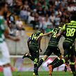 Sporting's players celebrate after scoring a goal against Moreirense during their Portuguese First League soccer held in Comendador Joaquim de Almeida Freitas stadium in Moreira de Conegos, Northern of Portugal, 23 September 2017. MANUEL ARAUJO/LUSA
