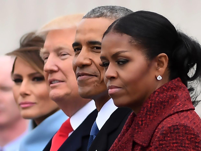 Das neue und das alte Präsidentenpaar.