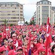 Anfang Juni 2016 waren Tausende Beschäftigte aus dem Gesundheits-, Pflege- und Sozialwesen auf die Straße gegangen.