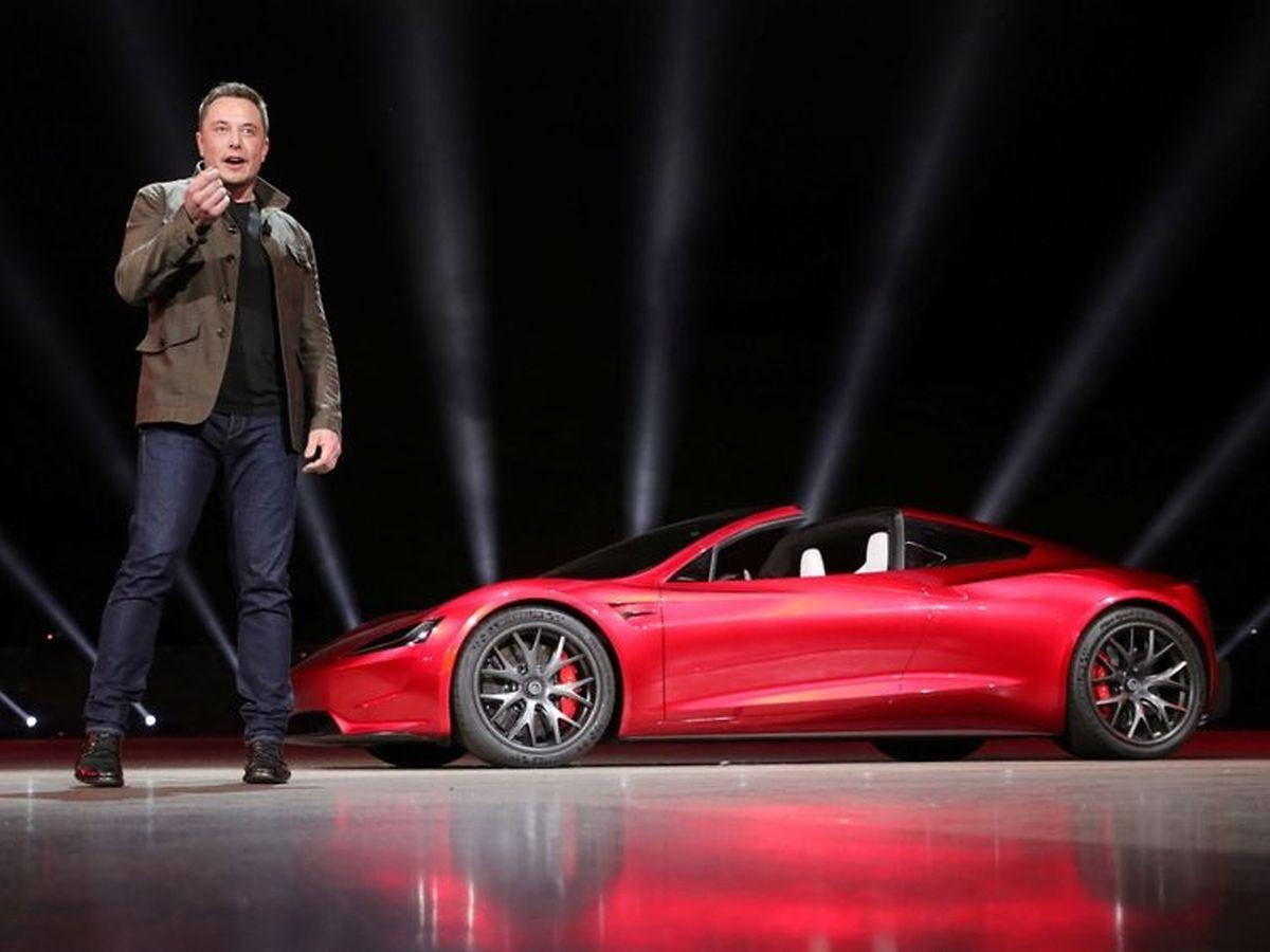 Elon Musk and the Tesla Roadster (AFP)