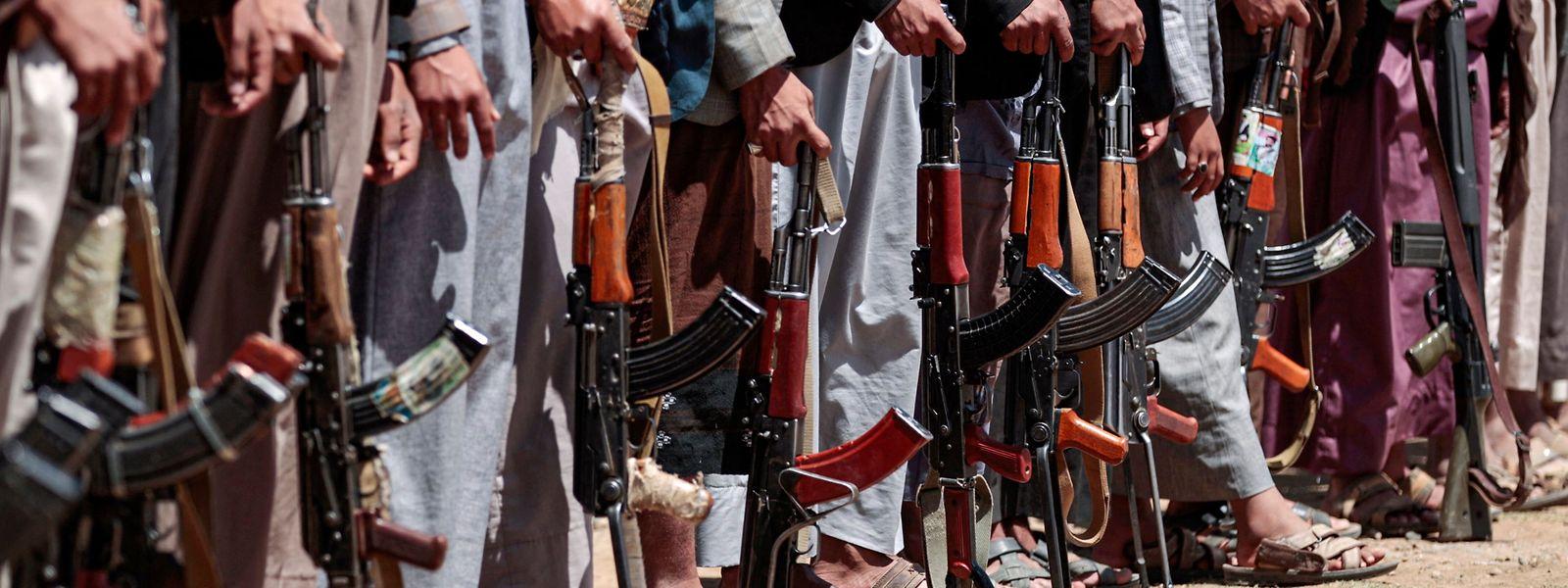 Im Jemen kämpft ein von Saudi-Arabien geführtes Militärbündnis an der Seite der Regierung gegen die vom Iran unterstützten Huthi-Rebellen.