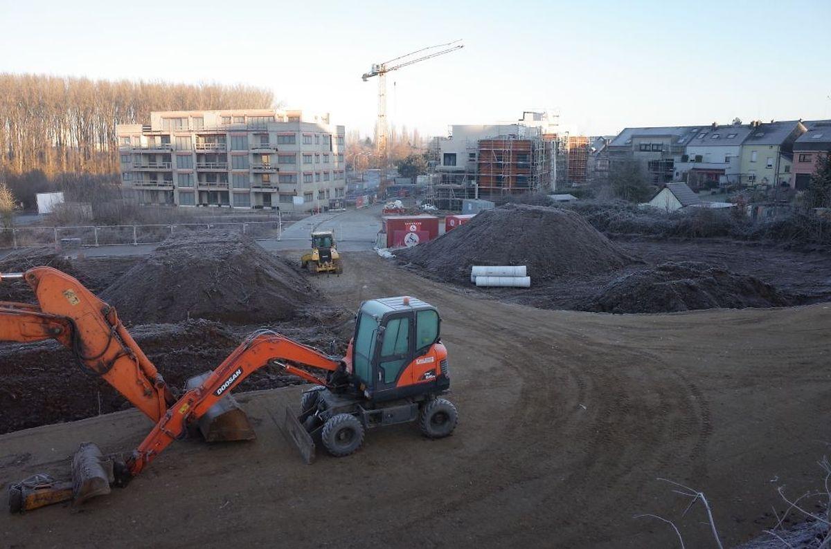 Auch auf der nördlichen Seite der Bahngleise wurden die Bauarbeiten zur neuen Unterführung in Angriff genommen.