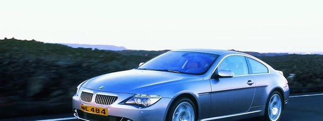 Das Staatsministerium nimmt Stellung zur Dienstwagen-Affäre beim Geheimdienst, bei der es um Luxuswagen der Marke BMW geht.