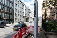 Wer die Ampel auf der Place de l'Etoile bei Rot überfährt, wird in Zukunft geblitzt werden.