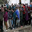 Nach Angaben des griechischen Flüchtlingskrisenstabs kommen derzeit im Schnitt täglich 200 Menschen an.