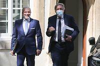 Politik, Covid-19, Dan Kersch und Fränz Bausch auf dem Weg zum Pressebriefing, Foto: Guy Wolff/Luxemburger Wort