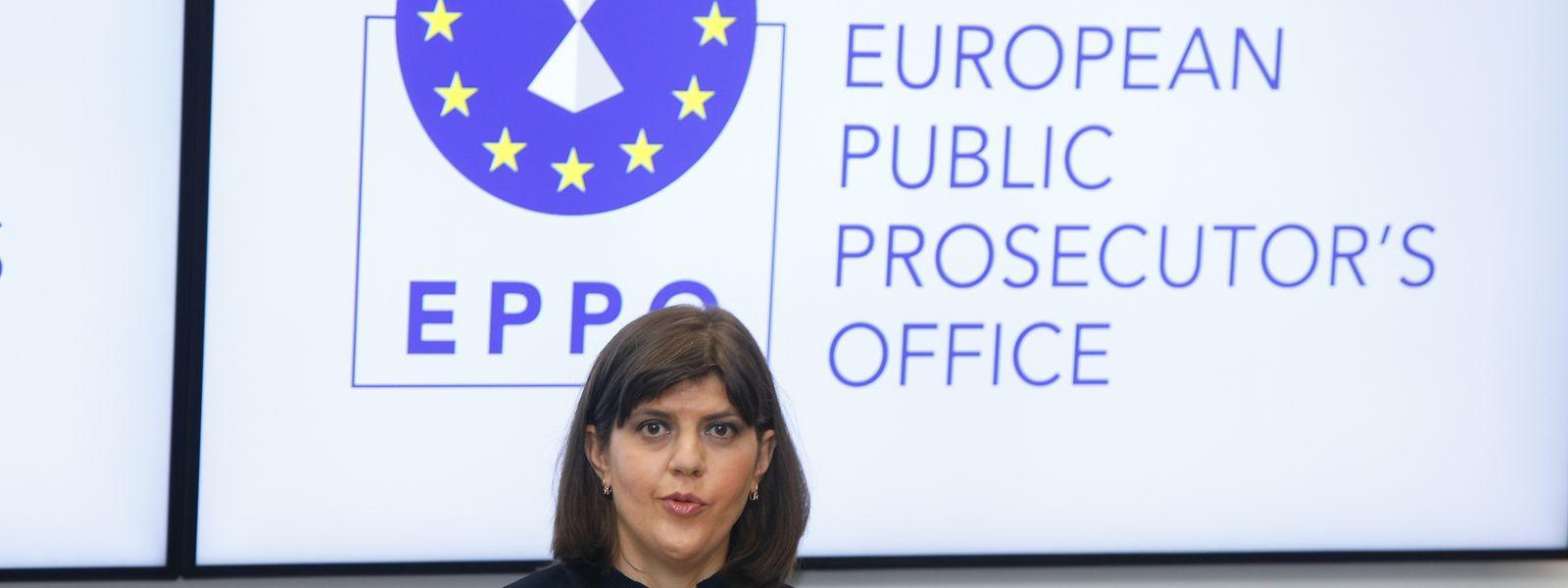 Dirigé par Laura Codruta Kövesi, le parquet européen a ouvert au cours de ses trois premiers mois d'activité 300 enquêtes. Soit un dixième des 3.000 dossiers qui devraient être traités au cours de sa première année d'activité.