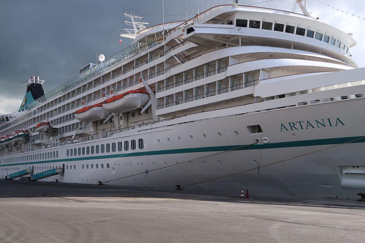 Die MS Artania der Phoenix-Flotte ist ein überschaubares Schiff für maximal 1200 Passagiere, auf dem Stress definitiv ein Fremdwort ist.