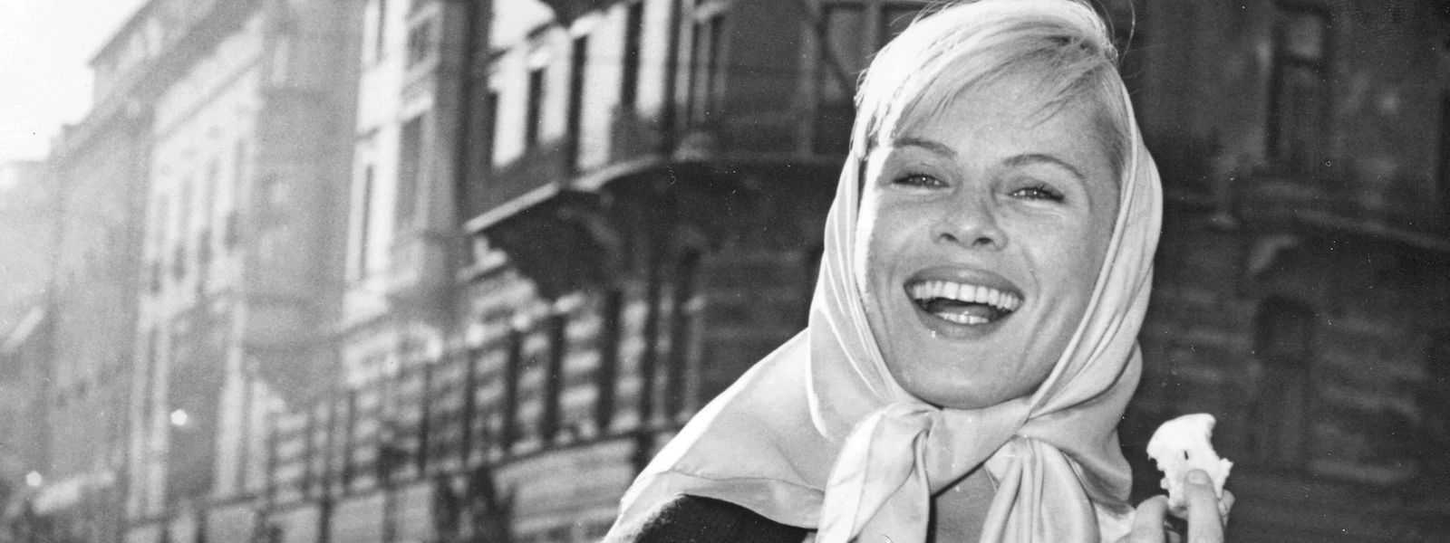 Die schwedische Schauspielerin Bibi Andersson ist durch ihre Zusammenarbeit mit Regisseur Ingmar Bergman berühmt geworden.