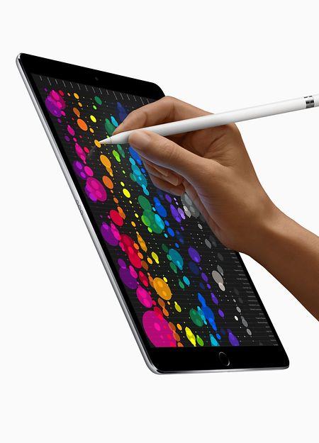10,5 Zoll misst das Display des neuen iPad Pro. Der Einstiegspreis liegt bei 729 Euro.