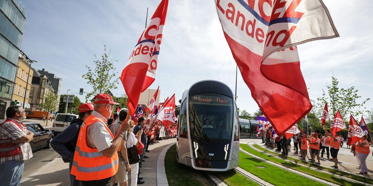 OGBL und Landesverband protestierten am Streckenrand.