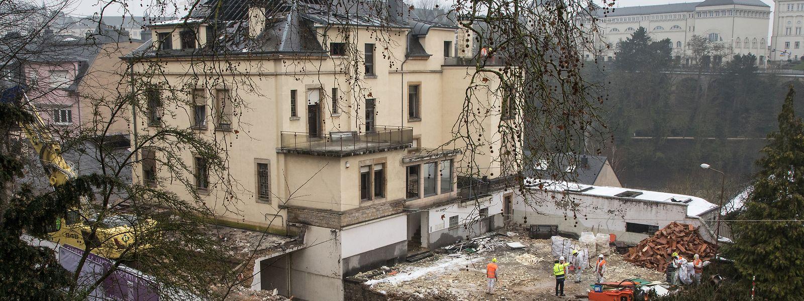 Im Februar dieses Jahres rollten die Bagger an, um die Villa dem Erdboden gleichzumachen.