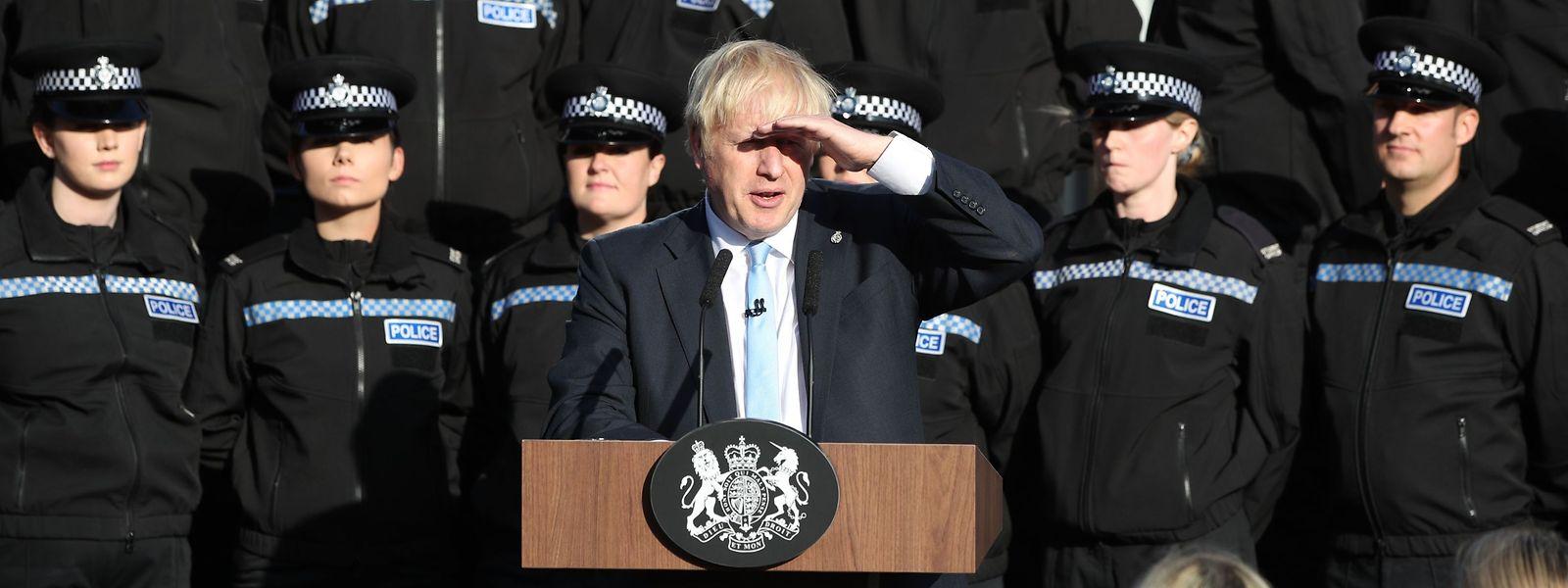 Keine allzu sonnigen Aussichten: Boris Johnson am Donnerstag in einer Polizeischule in West Yorkshire.