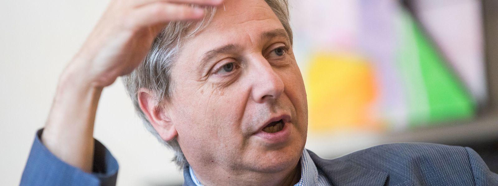 François Grosdidier applique un changement d'approche complet vis-à-vis du Grand-Duché par rapport à son prédécesseur en refusant des compensations financières.