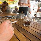 Petição para banir tabaco das esplanadas dos restaurantes debatida na próxima legislatura