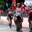 Après 2017, Caleb Ewan a remporté à Pesaro sa deuxième victoire d'étape sur le Giro.