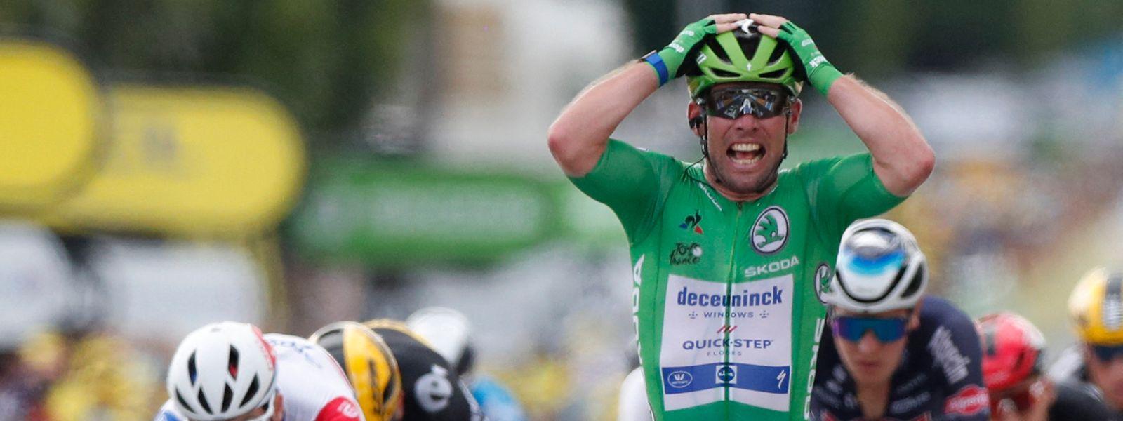 Altstar Mark Cavendish kann es nicht fassen: Er ist schon wieder der Schnellste.