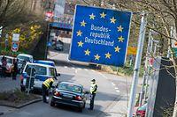 Im Grenzgebiet zu Frankreich sollen Reisende wie bisher stichprobenartig hinter der Grenze kontrolliert werden.