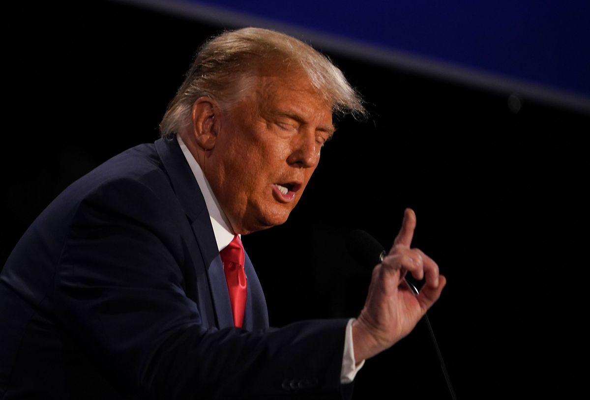 """""""Ich bin die am wenigsten rassistische Person in diesem Raum"""", sagte donald Trump."""