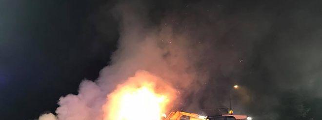 In Emeringen hatten 40 Heuballen Feuer gefangen.