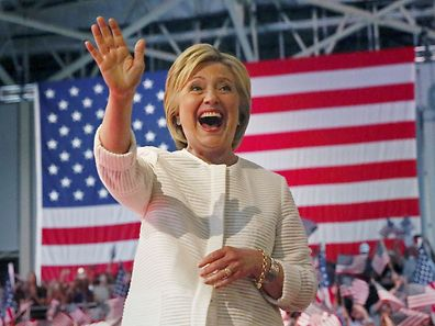 Democratic U.S. presidential candidate Hillary Clinton waves during her California primary night rally held in the Brooklyn borough of New York, U.S. on June 7, 2016.  REUTERS/Shannon Stapleton/File Photo