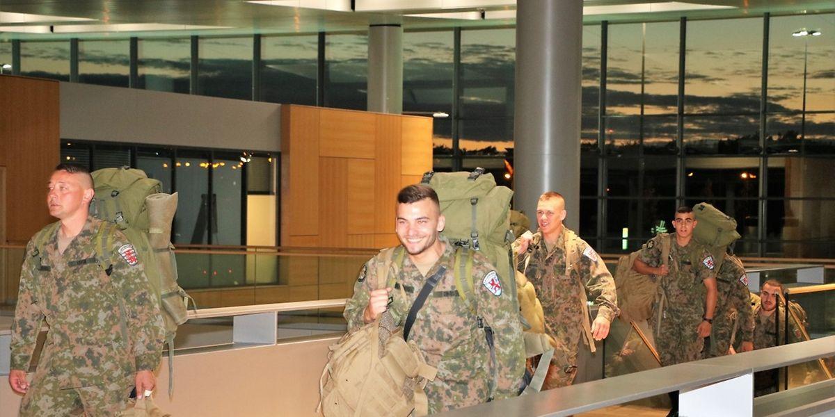 Les 23 soldats sont arrivés au Luxembourg peu avant 22 heures.