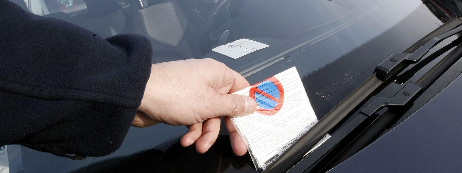 Aujourd'hui encore, avec une simple amende pour infraction au code de la route, un automobiliste voit toujours et encore ses données personnelles stockées dans le fichier de la police