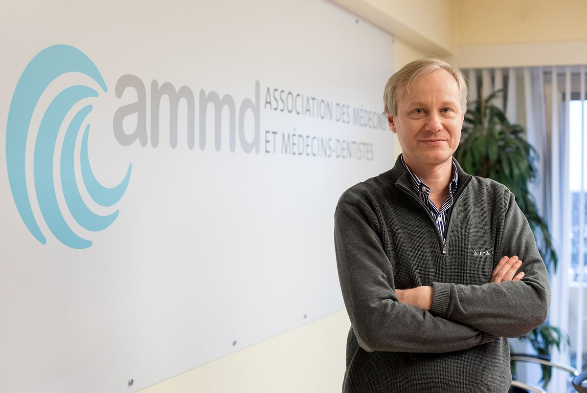 Der Gastrologe Dr. Alain Schmit wird nationaler Koordinator und lässt seine Präsidentschaft des Ärzteverbandes AMMD ruhen.
